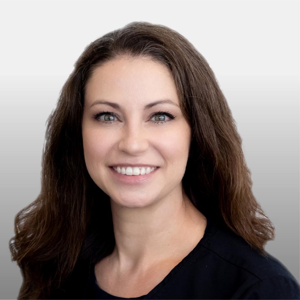 Teresa Messmer Headshot